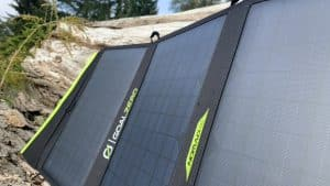 Klappbares Solarpanel Nomad 50 nahaufnahme aufgeklappt