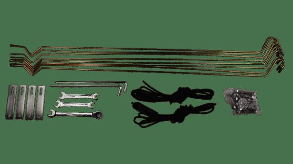 Lieferumfang und Befestigungen Dachzelt Merlin220, Schraubenschlüssel, Heringe, Abspannseile und Abspannstangen