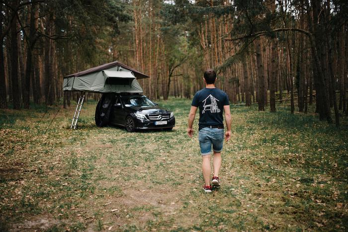 Dachzelt Merlin 160 im Wald